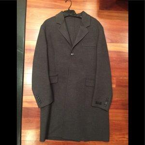 Men's Gray Prada lightweight wool over coat. Sz 50